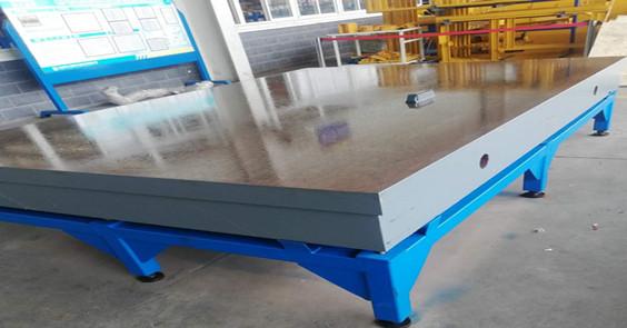 3米乘2米铸铁平台为客户安装完成